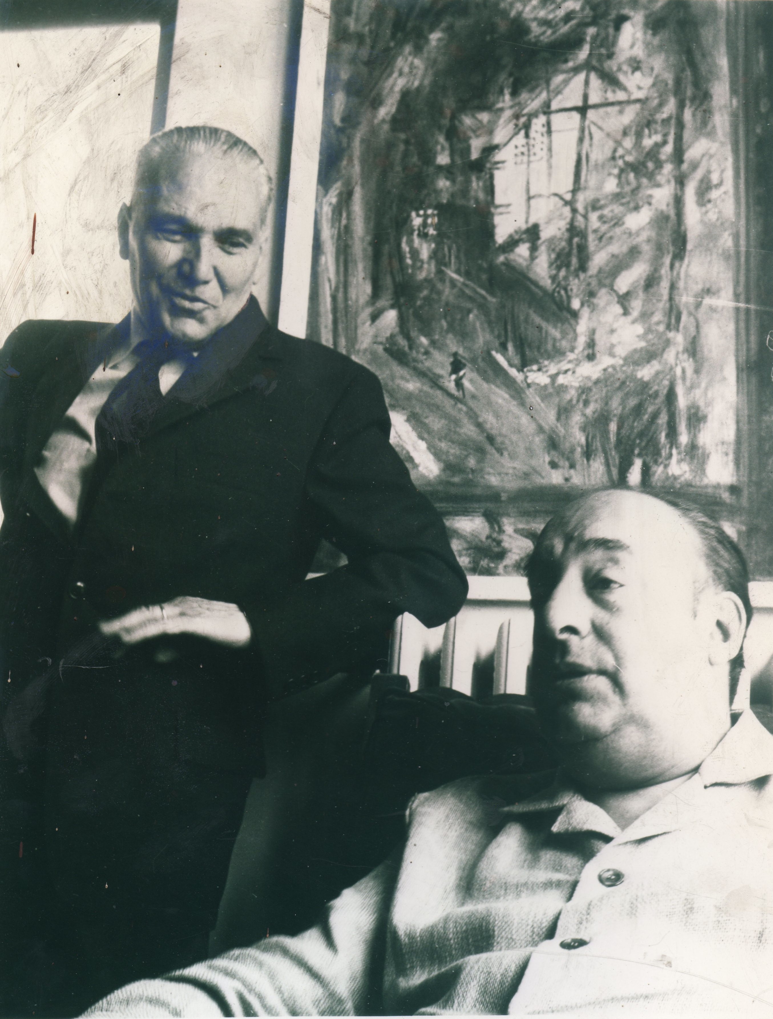 Pablo_Neruda_con_Alberto_Tallone_ad_Alpignano